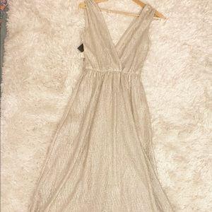Lulus maxi dress NWT Gold
